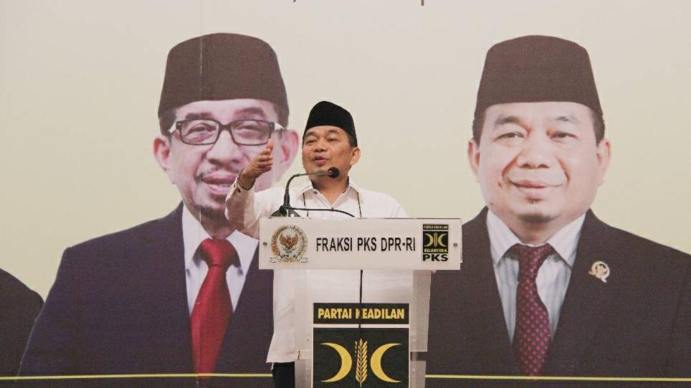 Ketua Fraksi PKS, Jazuli Juwaini