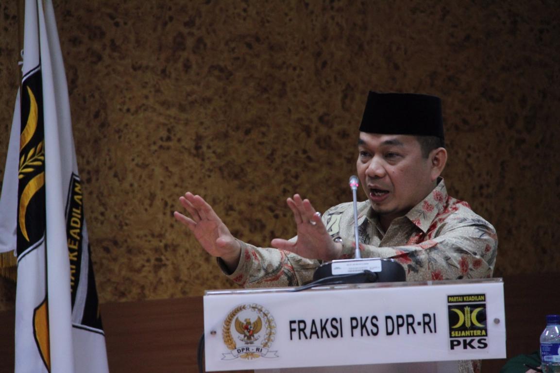 Ketua Fraksi PKS, Jazuli J