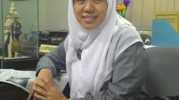 Sekretaris Fraksi PKS Banten Tuti Elfita
